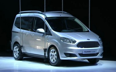 2014-Ford-Tourneo-Courier-front-three-quarters-view-1024x640.jpg